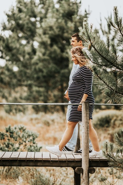 How To Take The Perfect Pregnancy Photo