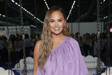 All The Times Chrissy Teigen Clapped Back At Mom Shamers