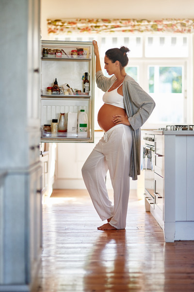 What You Eat While You're Pregnant Can Influence Your Child's Tastes Later