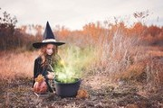 DIY Halloween Costumes That Are Simple, Affordable, And Cute
