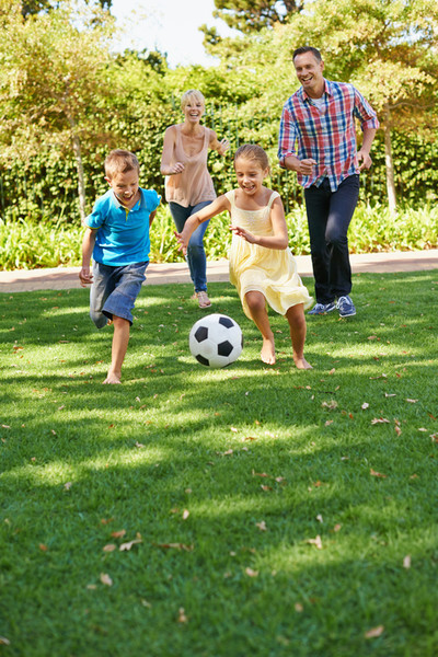 Things You Can Do With Your Family Without Spending Money