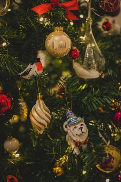 Try An Ornament Exchange